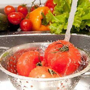 come pulire la frutta e la verdure